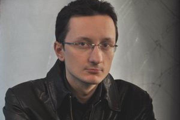 V druhej knihe o mafii sa Jozef Karika zameral na búrlivé vzťahy postáv.