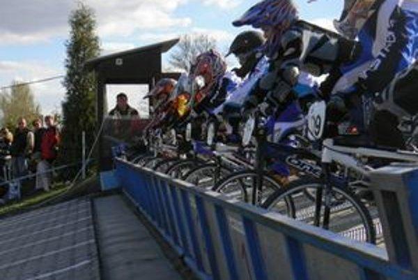 BMX Team Liptov vás pozýva 21.a 22. mája na 1. a 2. kolo Slovenského pohára a preteky pre verejnosť BMX, MTB ale aj iné, na novej dráhe BMX za garážami na Nábreží.