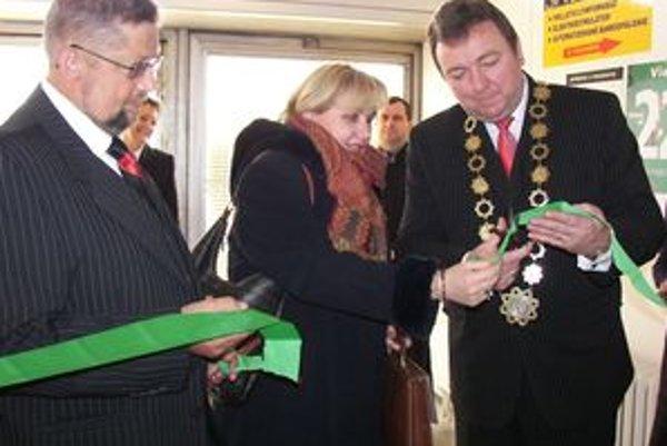 Centrum právnej pomoci v Liptovskom Mikuláši vlani otvorili minister spravodlivosti a primátor Ján Blcháč.
