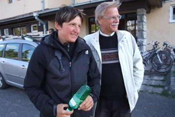 Elena Kaliská s predsedom Kanoe Tatra klubu v Liptovskom Mikuláši Alexandrom Slafkovským.