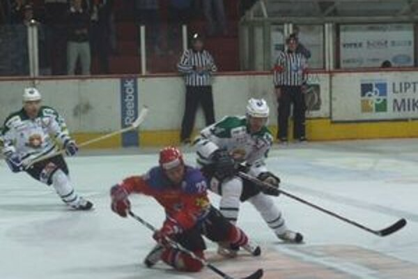 V poslednom domácom zápase Mikulášania v predĺžení prehrali so Skalicou.