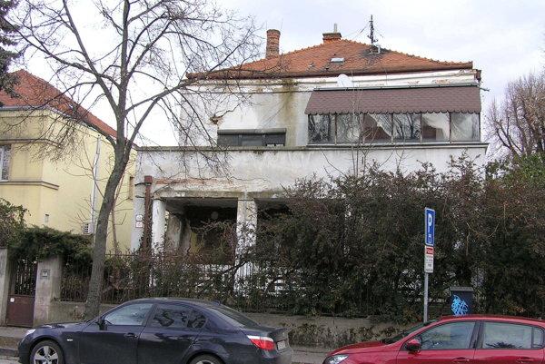 Mojtova vila na Kmeťkovej ulici.