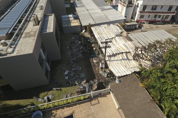 Budova mládežníckej akadémie brazílskeho futbalového klubu Flamengo po požiari.