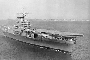 USS Hornet (CV-8) v roku 1941.