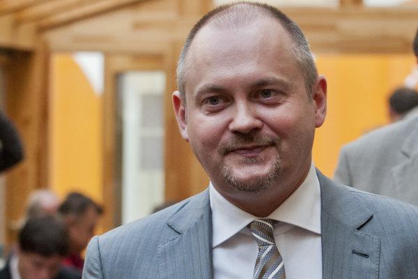 Bývalý juhomoravský hajtman Michal Hašek dnes radí Milošovi Zemanovi a chce sa stať podpredsedom ČSSD.