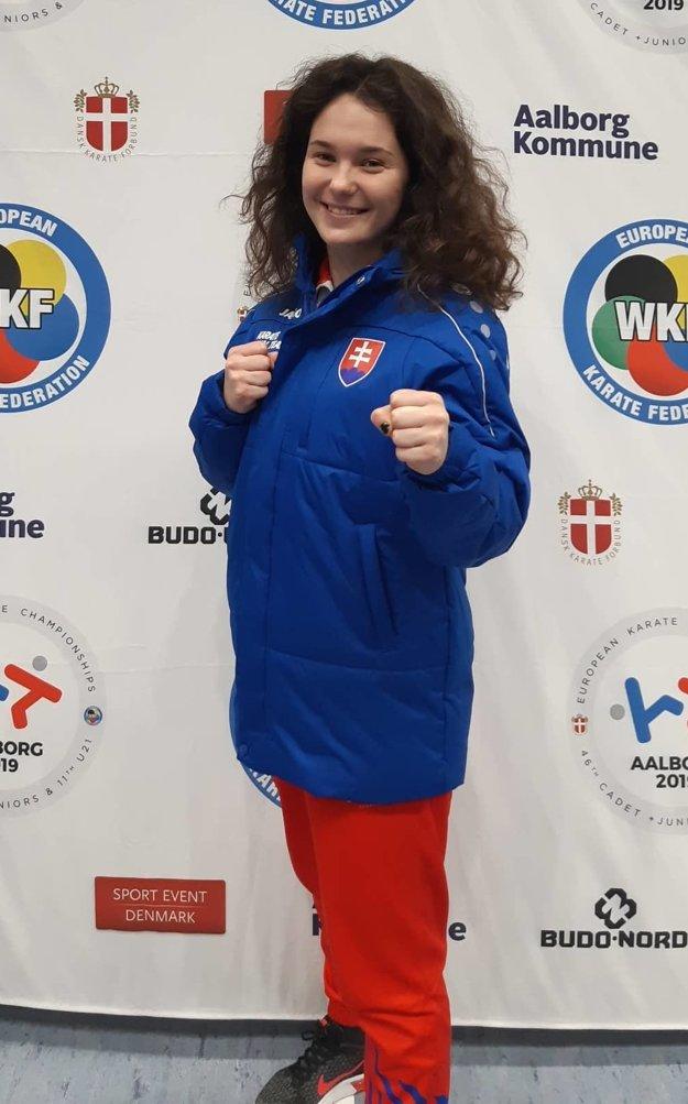 Sarah Hrnková.