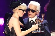 Karl Lagerfeld so speváčkou Lady Gaga.
