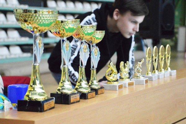 Najmenší futbalisti do 9 rokov mali prvý halový turnaj pod záštitou ObFZ Nitra.