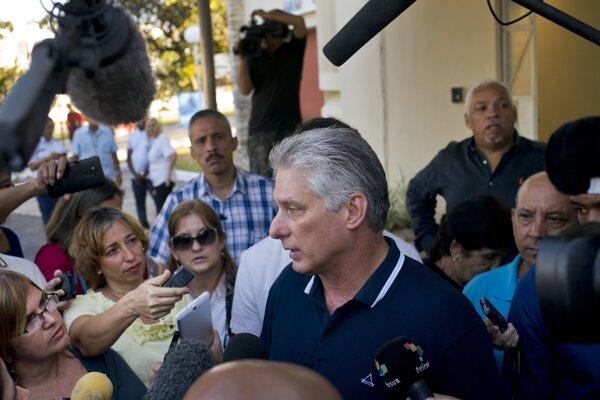 Kubánsky prezident Miguel Diaz-Canel krátko po hlasovaní v referende.