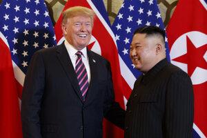 Americký prezident Donald Trump a severokórejský vodca Kim Čong-un.