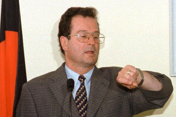 Klaus Kinkel na archívnom zábere z roku 1998.