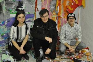 Študenti Pedagogickej fakulty UKF skúšajú odvahu návštevníkov Nitrianskej galérie.