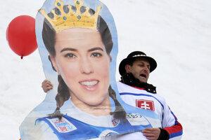 Petra Vlhová na transparente slovenského fanúšika.