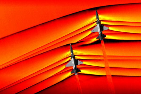 Špeciálna snímacia technológia umožnila zachytiť rázové vlny, ktoré vznikajú pri prekročení rýchlosti zvuku.