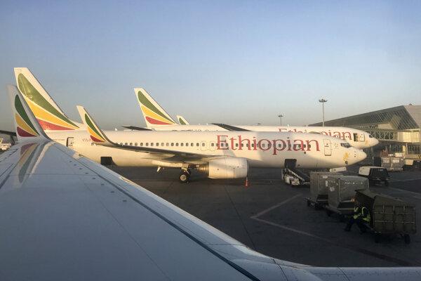 Boeing 737-800 na letisku v Adis Abebe.
