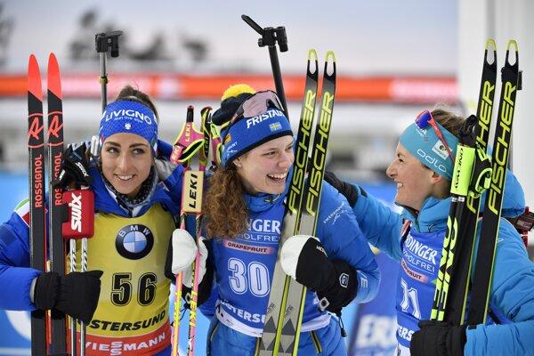 Zľava Lisa Vittozziová, Hanna Öbergová a Justine Braisazová.