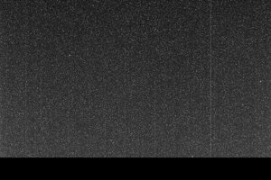 Tento neúplný, zrnitý záber bol úplne posledný, ktorý rover Opportunity zaslal na Zem. Vznikol 10. júna 2018. Je tmavý, pretože prach v ovzduší zaclonil slnečné žiarenie. Prenos dát skončil skôr, ako stihol prísť celý záber.