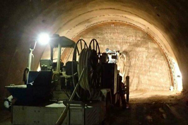 Z diaľničného tunela pri Prešove je vyrazených už vyše 70 percent. Dokončený by mal byť v júni 2021.