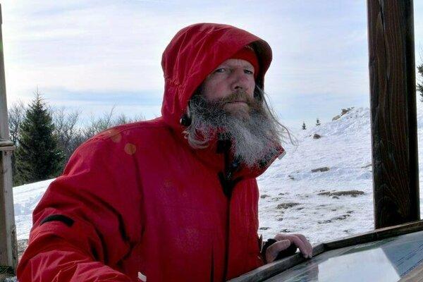 Pád storočnej lavíny ohlásil chlapom z horskej služby Miroslav Kasprzyk.