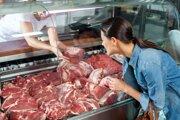 Najväčšiu záruku pri mäse dávajú podľa veterinárnej správy malé predajne.