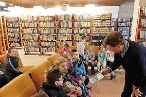 Dotácia pomôže knižnici zlepšiť služby.
