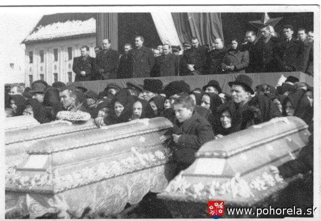 Spoločný pohreb v Brezne.