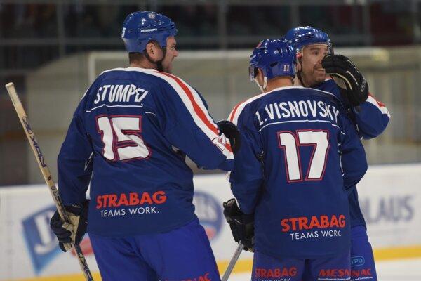 Exhibičný zápas Slovenské hokejové legendy - Izrael Old Team v Skalici.