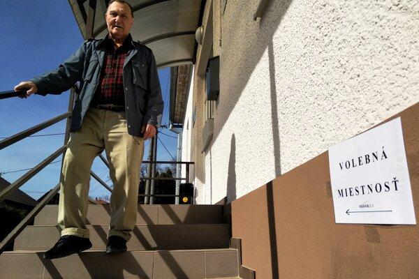 Volebná sobota v Hôrkach.