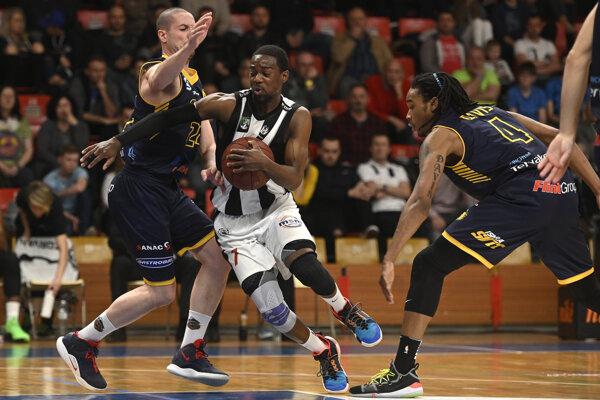 Basketbalisti Svitu sa po rokoch umiestnili po základnej časti extraligy v najlepšej štvorke.