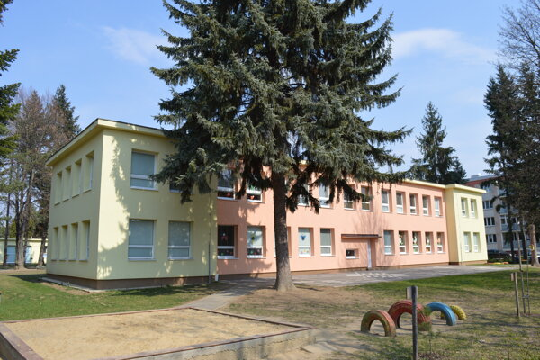 MŠ Československej armády 20 v zriaďovateľskej pôsobnosti mesta Prešov.