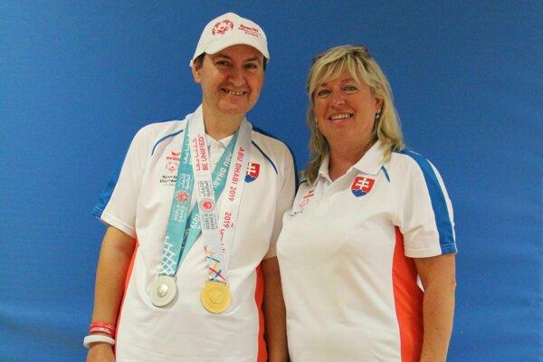 Úspešného tenistu Jaroslava Kulinu vedie od roku 1994 Tatiana Jelenčíková.