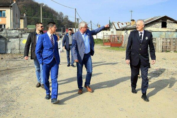 Primátor Humenného v utorok kontroloval lokalitu Podskalka.