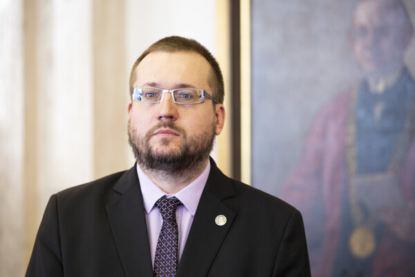 Rektor UK Marek Števček.