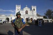 Zákaz vychádzania na Srí Lanke už odvolali, na uliciach zostávajú hliadkovať vojaci.