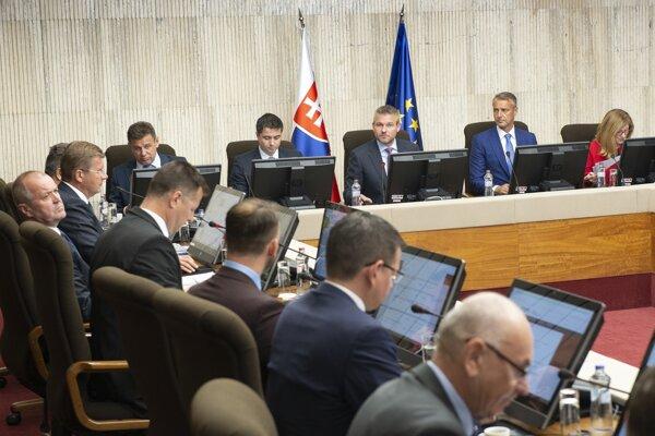 Stredajšie zasadnutie vlády.