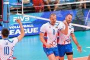 Dve legendy prešovského volejbalu, Michal Červeň (v strede) a Martin Sopko st. Chrbtom ďalší Prešovčan Marcel Lux.