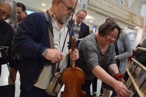 Na chvíľu huslistom :)