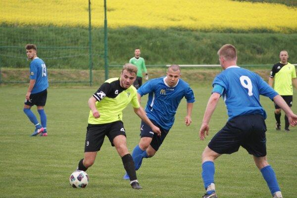 Jacovce doma porazili Ivanku pri Nitre 4:0.