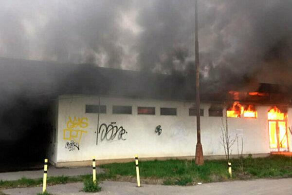 Nedávny požiar v areáli bývalých mlynov.