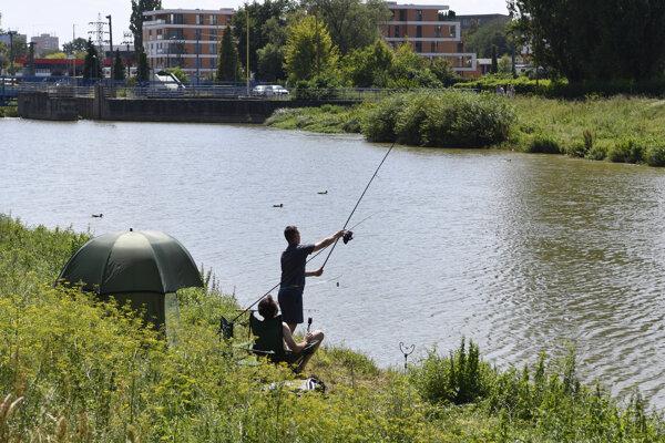 Rybačka na rieke Hornád.