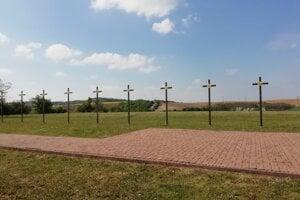 Miléniový kríž pri Oreskom