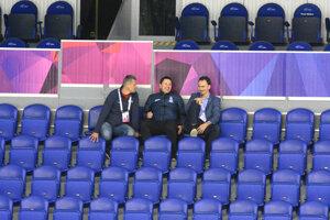 Na testovací zápas sa prišiel pozrieť aj Miroslav Šatan (vpravo).