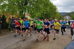 Sympatickej akcie sa zúčastnil hojný počet bežcov.