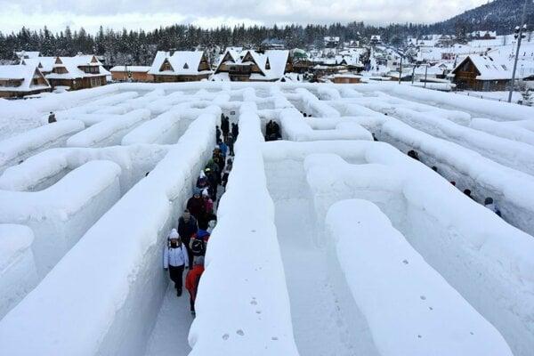 Labyrint ako v Zakopanom, len v Starej Ľubovni bude zo stromov a kríkov.