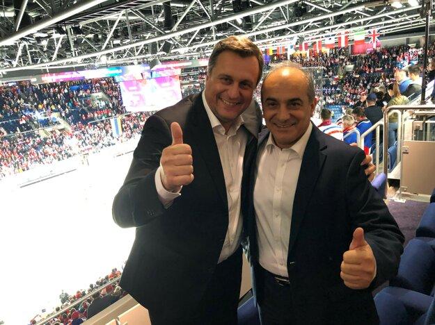 Andrej Danko na zápase Česka s Ruskom s cyperským predsedom parlamentu Demetrisom Syllourisom.