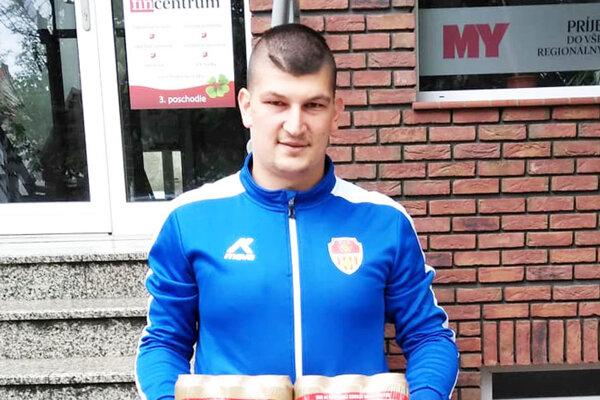 Pre kartón piva Corgoň si prišiel Matúš Vajzer, víťaz 9. kola.