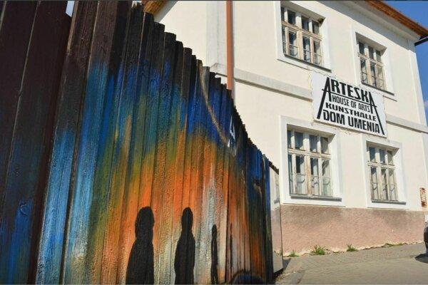 V Detve otvorili Dom umenia Arteska.
