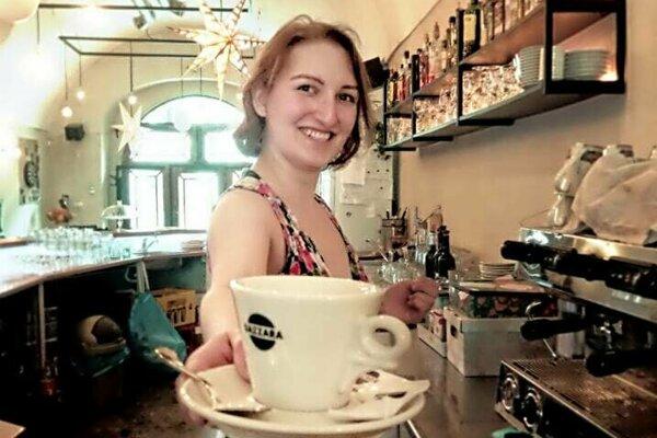 Emília Píšová pracovala v Anglicku, no po čase sa vrátila domov.