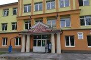 Riaditeľ ZŠ v Rudňanoch nafúkal.Ostáva vo vedení školy.