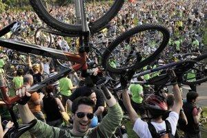 Cvičenie pomáha. Ak chcete urobiť aspoň niečo, presadnite na bicykel.